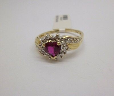 9ct yellow gold diamond and heart shaped red synthetic diamond dress ring size Q