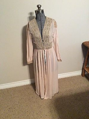Vintage Neglige' 1930s Peach With Tan Lace Sheer