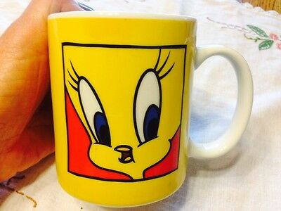 Warner Bros Looney Tunes Tweety Bird Cup Mug 1991 Pristine Condition!