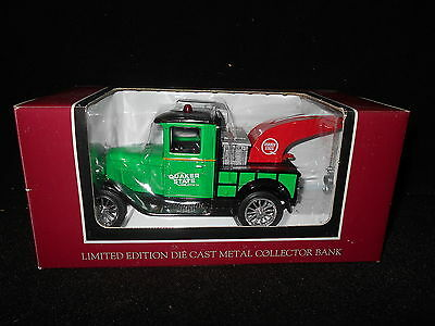 Liberty Classics 1928 Chevrolet National AB Quaker State Tow Truck Bank - New