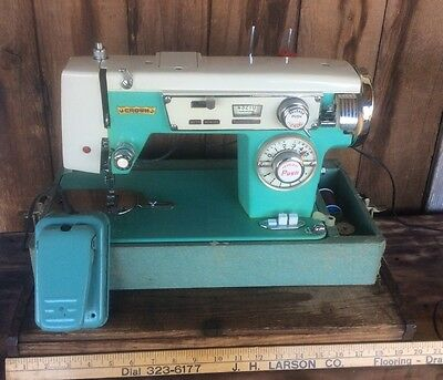 Stunning Crown Green  Silver & White Vintage Sewing Machine With Pedal