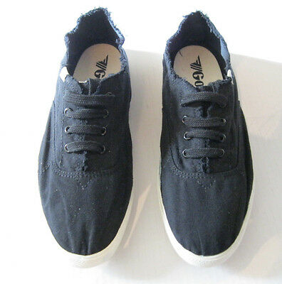 7f944eede575 NIB Gola Reef Shoes Sneakers Black Casual Comfort Stylish Beach Womens Size  9