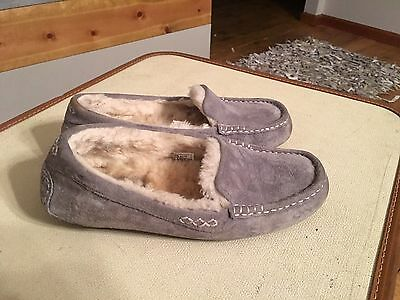 Ugg Gray Suede Slipper Shoes Women's Size 7