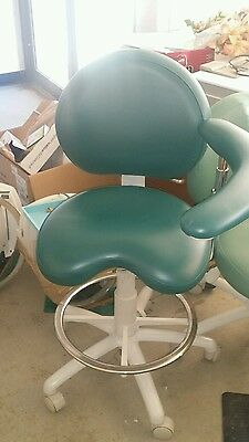 Brewer Design Dentist/ Doctor Office Chair With Sliding Arm  Mint Condition