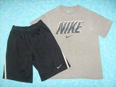 Boy's NIKE 2 Piece Short Outfit - Shorts Size S & Top Size M - Awesome Outfit!