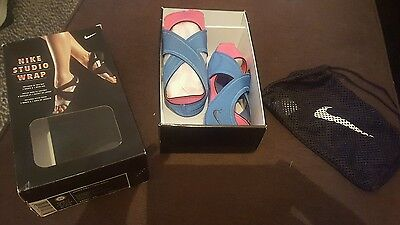 Womens Size XS (5-6)NIKE Studio Wrap DSTNC BLUE&PINK Yoga Ballet Dance Shoes NEW