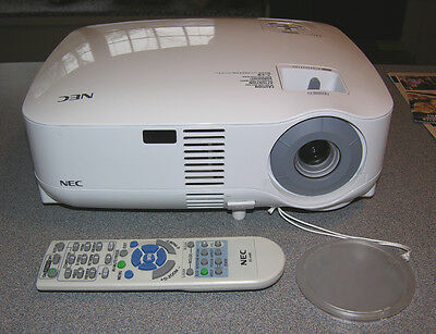 NEC VT595 HD Home Theater Computer Projector 2000 Lumen HDMI adapter Included