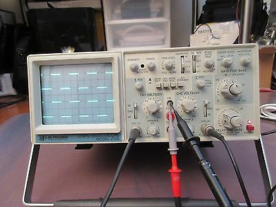 BK PRECISION 2125 20MHz 2 CHANNEL OSCILLOSCOPE.