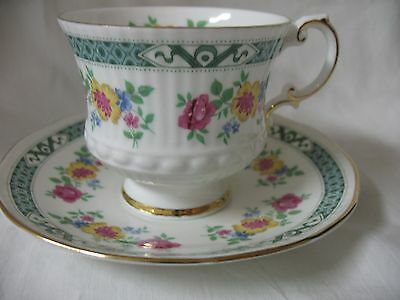 Elizabethan Fine China Tea Cup And Saucer, Floral Pattern, England