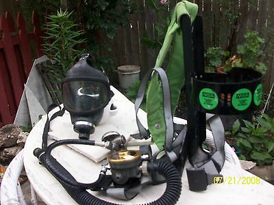 Msa 4500 Air Mask And Harness Equipment
