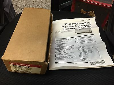 Honeywell T7200B1004 Programmable Commercial Water Source Heat Pump Thermostat