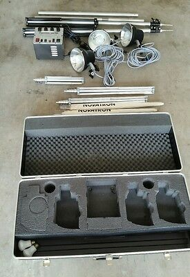 Novatron 600VR Photography Lighting Kit (3) Lamps plus extras and Case