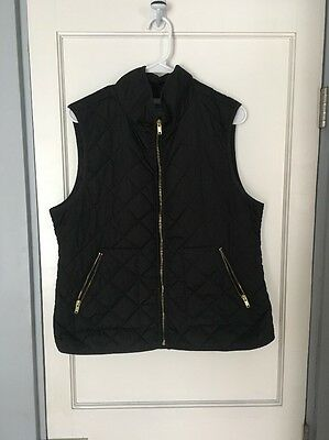 Old Navy Women's Quilted Vest Size LARGE