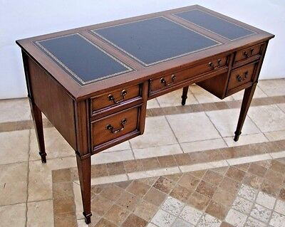 Sligh Furniture Walnut Tooled Leather Top Writing Executive Desk Four Drawer