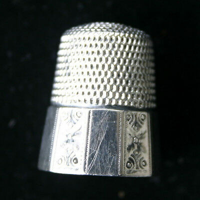 Ornate Antique Sterling Silver Simons Size 10 Paneled Sewing Thimble