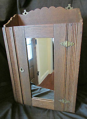 Neat Antique Oak Medicine Cabinet With Mirror