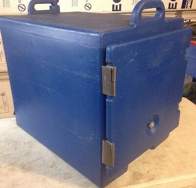 Cambro 300MPC Blue Front Loading Insulated Food Pan Carrier with Handles
