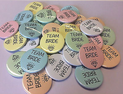 10x Hen Party Badges/ Hen do badges / Hen Night badges / bride tribe team bride