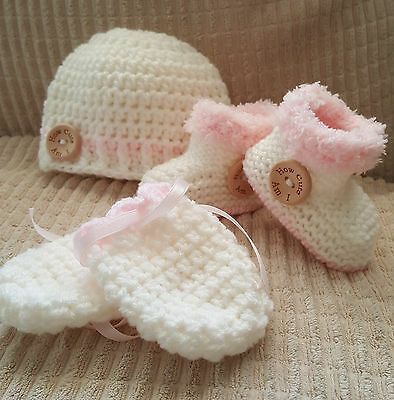 Baby Girls Hand Knit Hat,boots /booties & Mitts-How Cute Am I'  Nb, 0-3 M -3-6 M