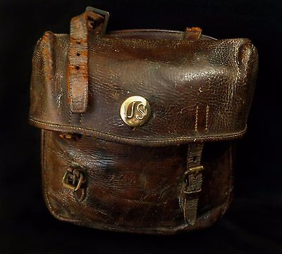 Civil War Era Union Army Leather Saddlebag W/'us' Brass Medallion Carrying Strap