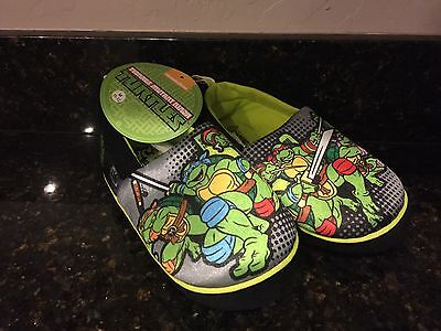 TMNT Boys Slippers Sizes S(9-10), M(11-12), L (13-1) NWT New