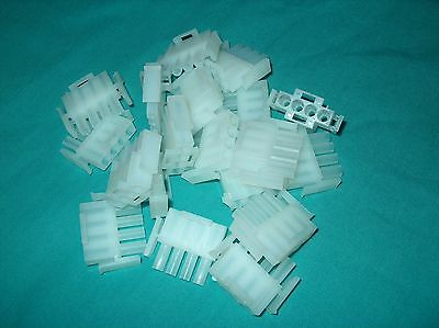 Lot Of 18 Te / Amp 4 Pos. Rectangular Housing Plug  1-480702-0 * New *