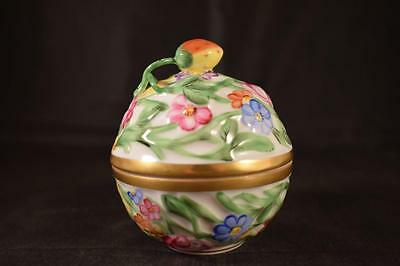 Stunning Herend Queen Victoria 6218/c Porcelain Handpainted Round Lidded Pot