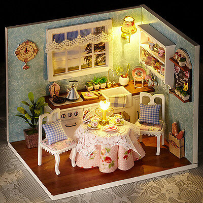 Dollhouse Miniature Kit with Cover and LED Wood Toy Dolls house room Gift