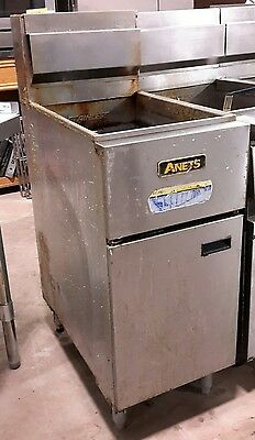 Used 40-50 lb Anets SLG50 Nat. Gas Fryer