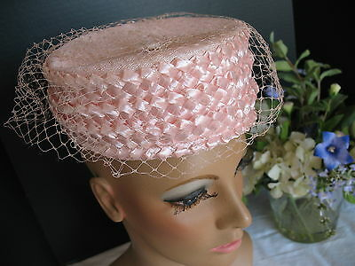 Pretty in Pink - Vintage Straw Hat - Classic PillBox Pill Box 1950's