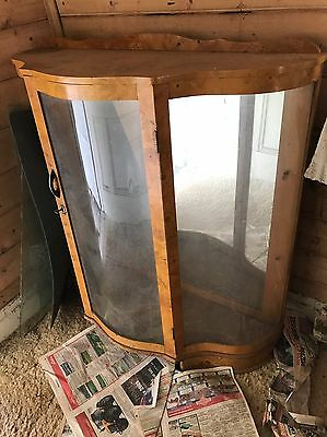 Vintage 1930s Art Deco Curved Glass Birds Eye Maple  Cabinet 0418911145, Keilor