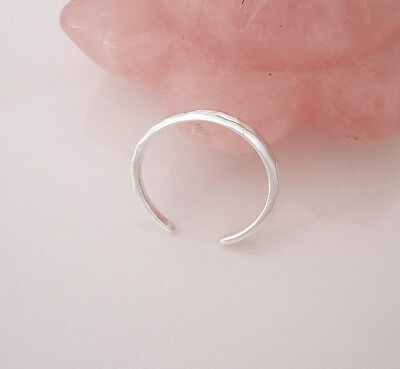 925 Sterling Silver simple hammered toe ring