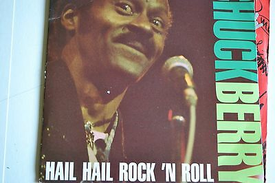 "Chuck Berry   Hail Hail Rock N Roll Medley /  My Dingaling    7"" Viny Very Rare"