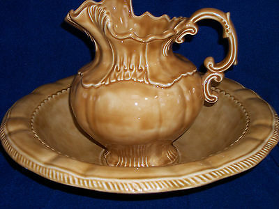 Arnels Wash Basin Bowl and Water Pitcher