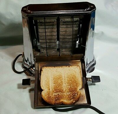 Vintage Antique Son-Chief Series 680 2 Slice Toaster Works Great orginal cord