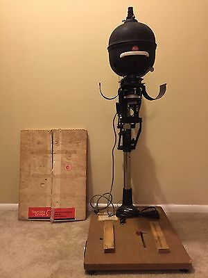 Leica Focomat 1C Enlarger with Letiz Focotar f/4.5 50mm Lens and Omega Easel