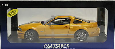1/18 Auto Art #73117 2007 Mustang Shelby GT