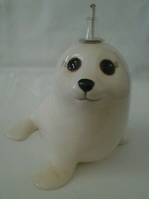White  Porcelain Seal  Mini Oil Lamp Figurine