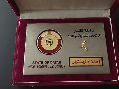 PLAQUE QATAR FOOTBALL ASSOCIATION awarded to FIFA´s Chief Press and Public Relat