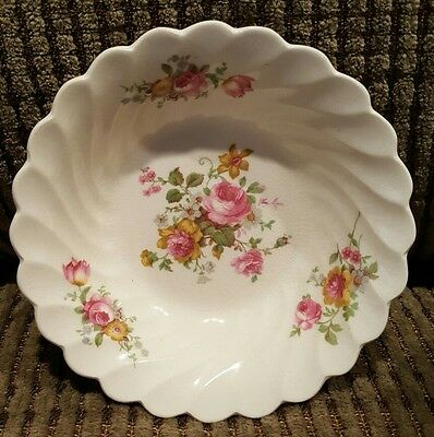 Royal Staffordshire Pottery England Berry Bowl Rose Flowers / Floral Pattern