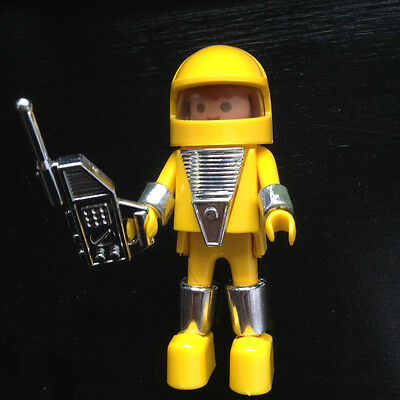 PLAYMOBIL Vintage Astronaut Spaceman yellow figurine, very rare original item