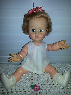 """Hard to Find ~ Rare Vintage Ideal Toy Corp """" Tiny Kissy """" Doll K-16 ~ 1960's"""