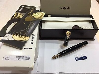Pelikan Souveran M1000 Black Fountain Pen (F) Nib - New In Box