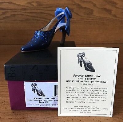 Raine Just the Right Shoe Forever Yours Blue Gift Creations COA Box 25211