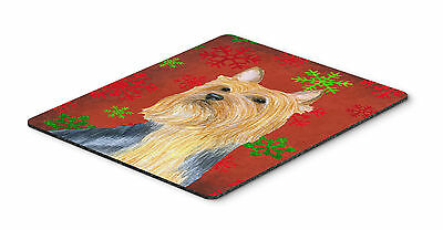Silky Terrier Red and Green Snowflakes Christmas Mouse Pad, Hot Pad or Trivet