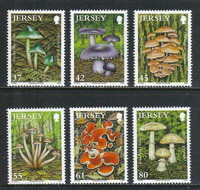 Jersey 2009 Local Mushrooms--Attractive Topical (1402-07) MNH