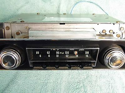 beautiful original 1967 1968 chevy camaro am fm radio with rear rh picclick com