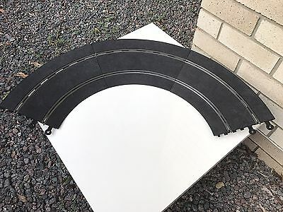 1:32 Classic Scalextric 180' Curved Bank In Excellent Condition Ref No.C/187