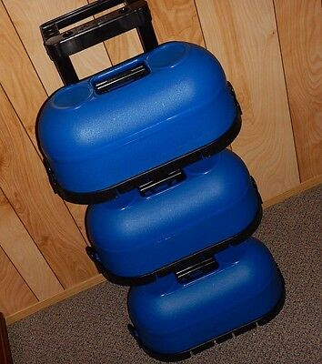 Donkee Blue Hard Plastic 6 Bowling Ball Rolling Case Storage 3 Cases X 2 Balls