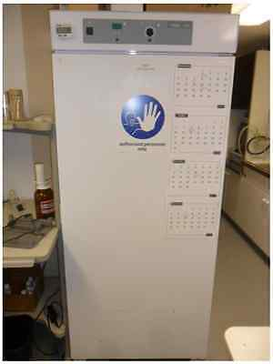 VWR Low Temperature Incubator Model 2020